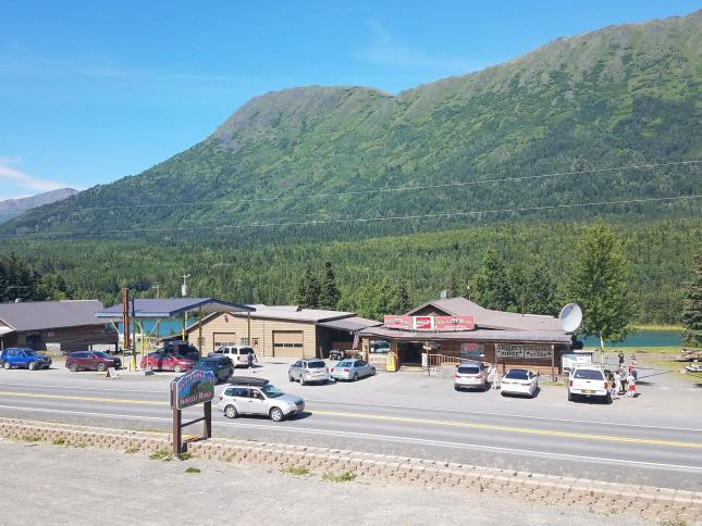 Grizzly Ridge Gas & Convenience Store