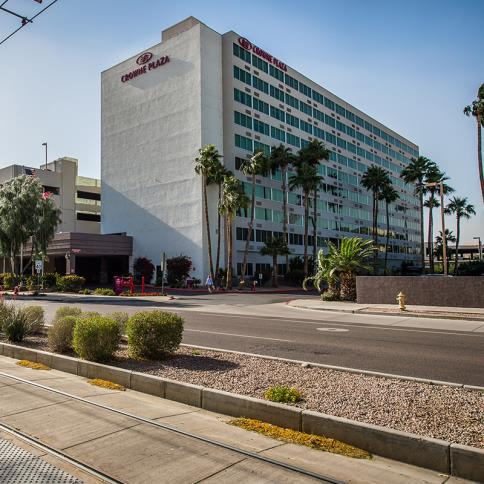 Crowne Plaza Phoenix Airport